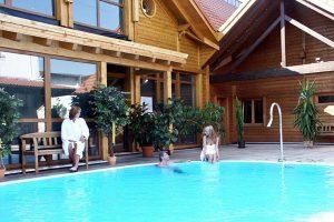 schwimmbad maintal-saunen